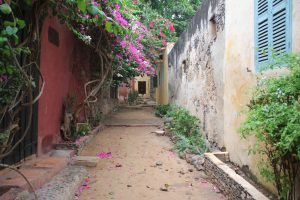 Random Gorée alley